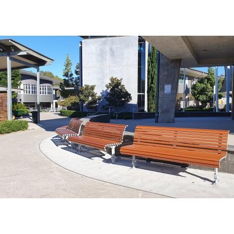 Madrid Seat – Base Plate Leg - Wood Grain Ali - Western Red Cedar